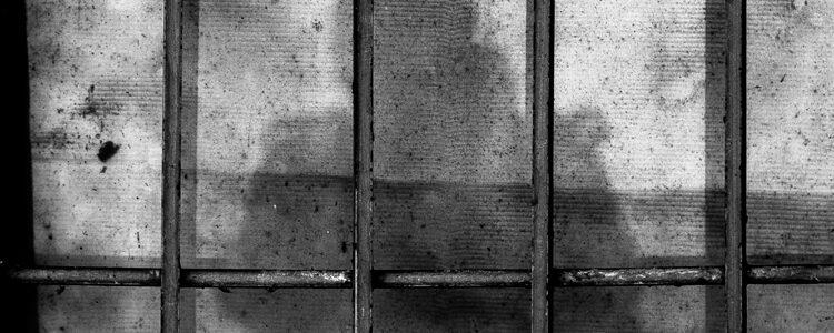 Should women be sent to prison?